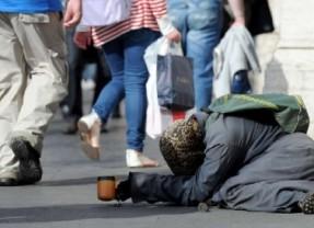 Istat, 1 italiano su 4 a rischio povertà. Ecco gli ultimi dati