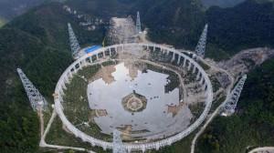 Costruito in Cina mega telescopio per cercare gli alieni