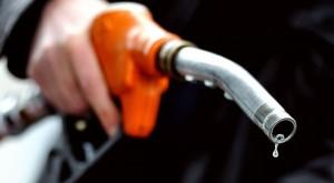Benzina. Prezzi a +3%. Codacons: 'Disastro per le famiglie'