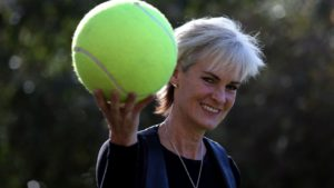 Judy Murray: 'Levate telefoni e tablet ai bambini e portateli a fare sport'