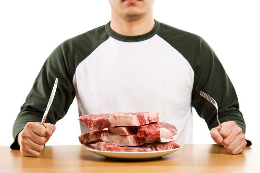 Veronesi: Il 30% dei tumori è causato da alimentazione scorretta