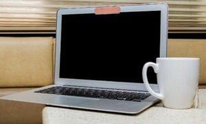 Fbi: 'Coprite tutti le vostre webcam per tutelare la privacy'