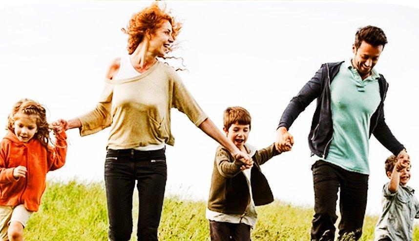 Bonus tre figli, assegno Inps fino a 1800 euro. Come richiederlo