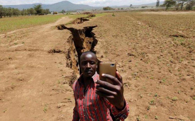 In Kenya la terra si apre. 'La spaccatura dividerà in 2 l'Africa'
