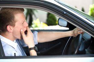 Colpi di sonno in auto. Causano 12mila incidenti all'anno