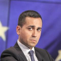 """""""Reddito di cittadinanza entro il 2018 e con fondi europei"""""""