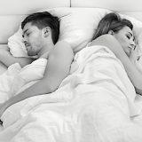La posizione in cui dormite rivela molto sulla vostra relazione