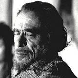 Bukowski: 'Chi sceglie di perderti è perché non ha avuto il coraggio di viverti'