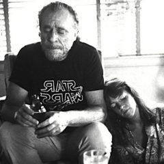 Bukowski e l'amore: 'Tenetevi stretto chi vi ha notato quando eravate invisibili'