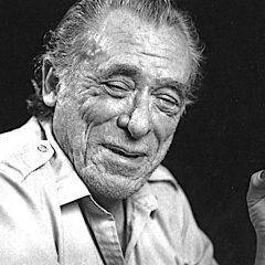 Bukowski e l'amore: 'bisogna provarci sempre, meglio le delusioni dei rimpianti'
