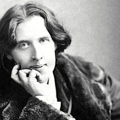 Oscar Wilde e le relazioni: 'Amori mediocri spesso sopravvivono, i grandi si distruggono'