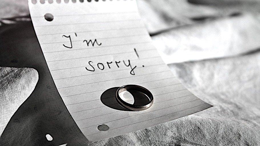 'Forse un giorno busserai ancora alla mia porta e io mi amerò così tanto da non aprire'...