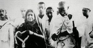 Gandhi 'Tu e io siamo una cosa sola Non posso farti male senza ferirmi'