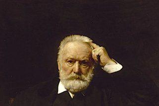 La profezia di Victor Hugo su Notre-Dame. 'Una grande fiamma tra i campanili'