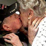 Americano ritrova il suo primo amore in Francia dopo 75 anni: 'E' sempre stata nel mio cuore'
