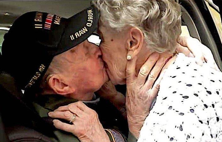 Americano ritrova il suo primo amore in Francia dopo 75 anni E' sempre stata nel mio cuore'