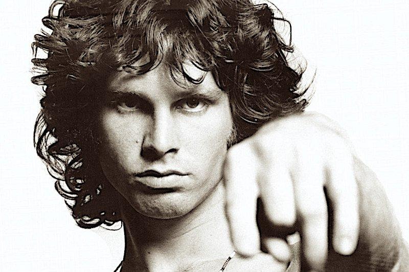 Jim Morrison 'Dicono che l'amore è vita, io per amore sto morendo'