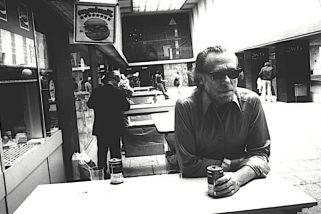 Bukowski 'Amo i solitari, i diversi, quelli che non incontri mai'...