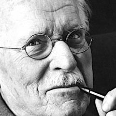 Carl Gustav Jung e l'amore: 'La solitudine è pericolosa. Una volta provata crea dipendenza'