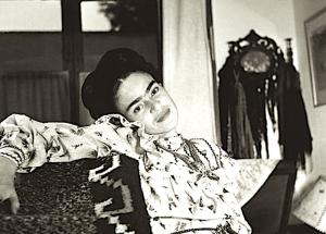 Frida Kahlo e l'amore: 'La vita insiste per essere mia amica e il destino mio nemico'