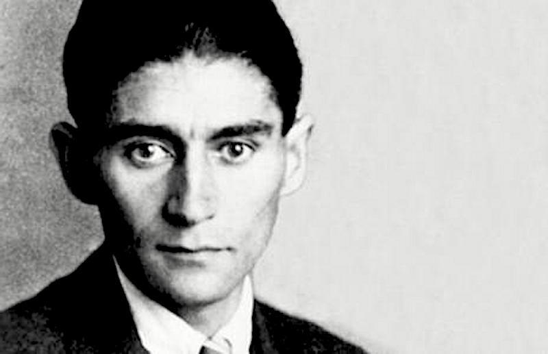 Kafka: 'Amore è il fatto che tu sei per me il coltello col quale frugo dentro me stesso'