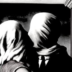 Neruda: 'Gli amanti quelli veri, non condividono solo il letto ma custodiscono un segreto'