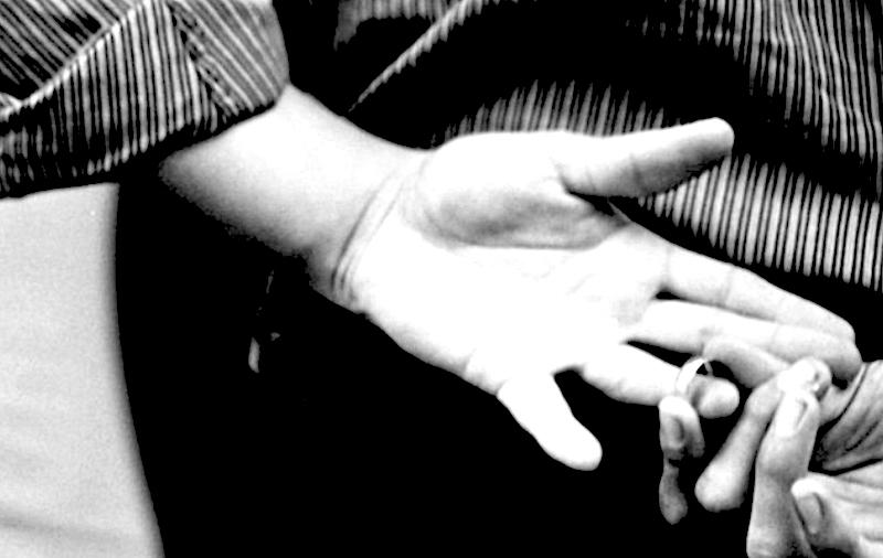 Si può essere responsabili dell'infedeltà del partner?